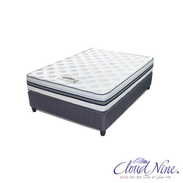 Cloud Nine Cardinal Bed Set